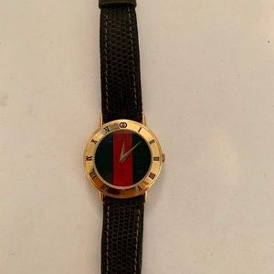 💯 Authentic Gucci Watch